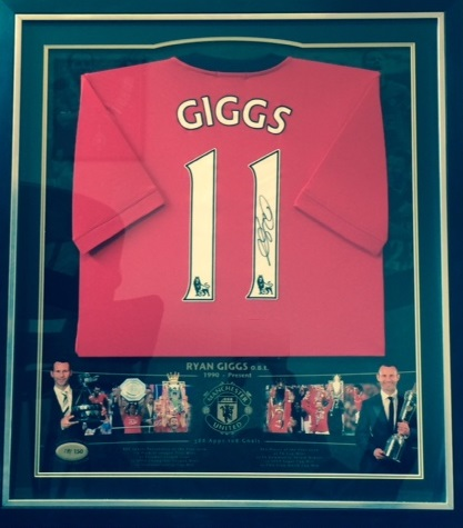 Ryan Giggs Shirt to be auctioned for BEN