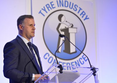 Gavin White of Autotech Recruit speaking at NTDA Tyre Industry Conference 2017 (18)